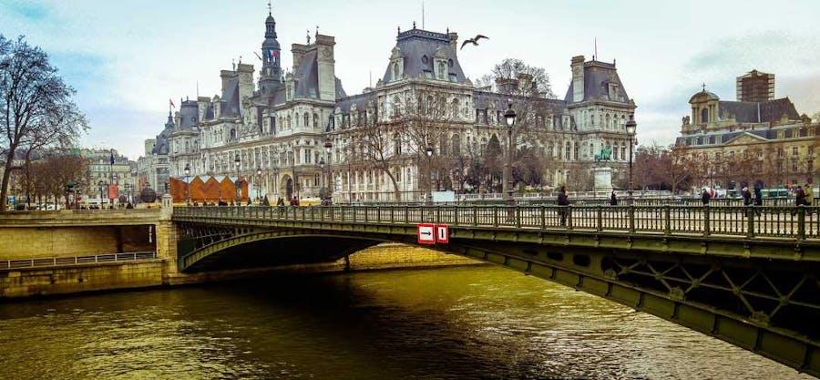 Flights from Perth to Dublin, London, Paris, Barcelona (+